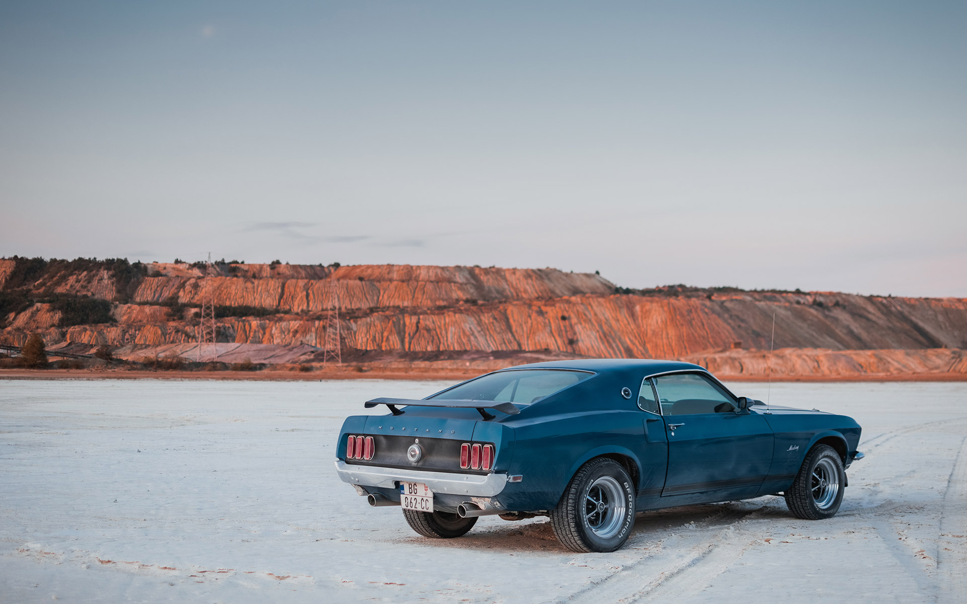 1969-ford-mustang-fastback-mach1-01